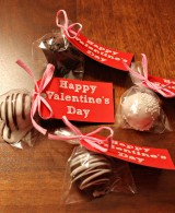 Valentine's Treats: Red Velvet CakeTruffles